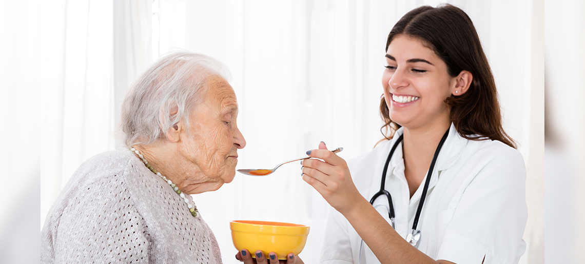 Feeding a Patient with Dementia